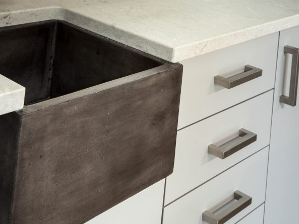 white marble ortho countertop