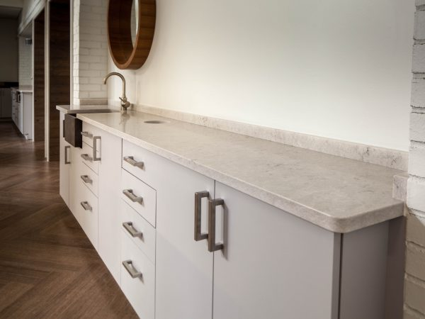 white laminate countertop in orthodontist office