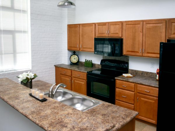 brand new kitchen in lancaster apartment