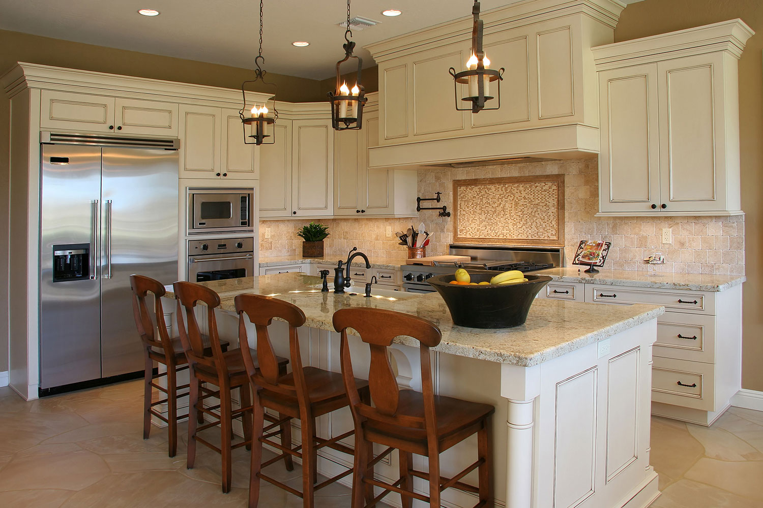 Cream Farmhouse Kitchen Cabinets with Neutral Backsplash