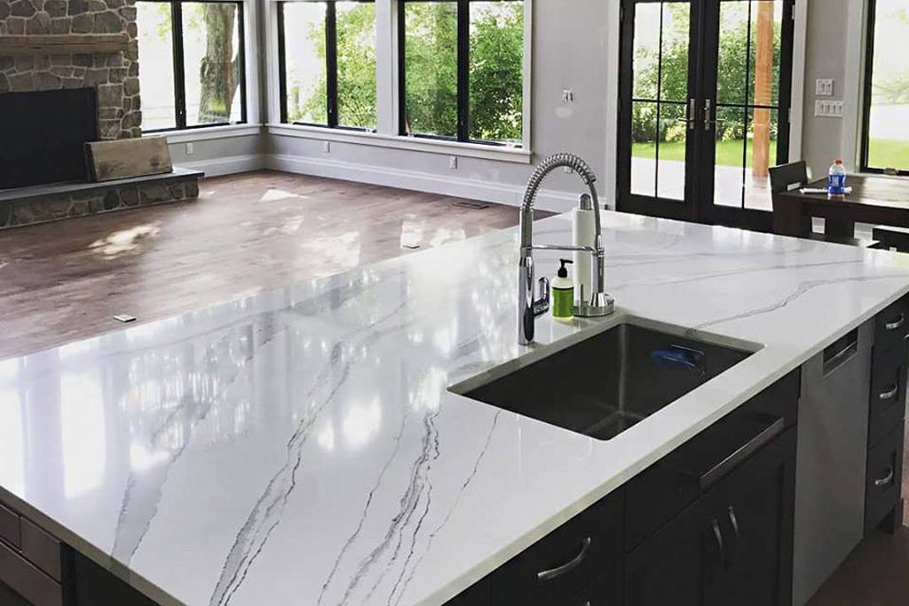 white quartz countertop with black veins