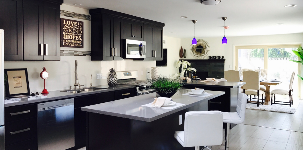 Black kitchen cabinet renovation