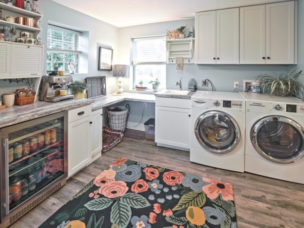 white cabinet and countertop installation in laundry room